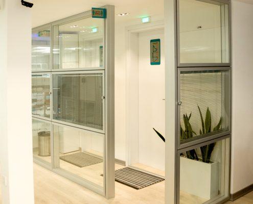 طراحی داخلی پزشکی آزمایشگاه