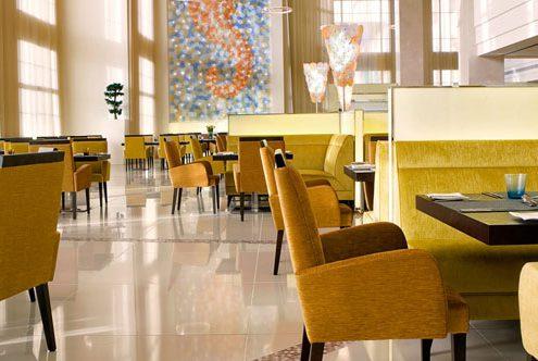 نقش نور و رنگ در طراحی داخلی رستوران چیست؟